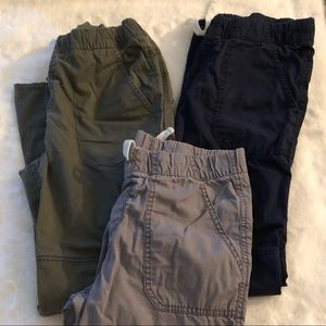 3 pairs ⚽️ Boys cargo pants ⚽️ SZ 12-14 - Like new